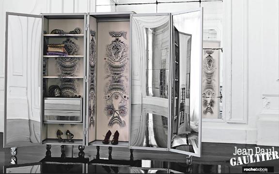 jean paul gaultier for roche bobois my little boudoir. Black Bedroom Furniture Sets. Home Design Ideas