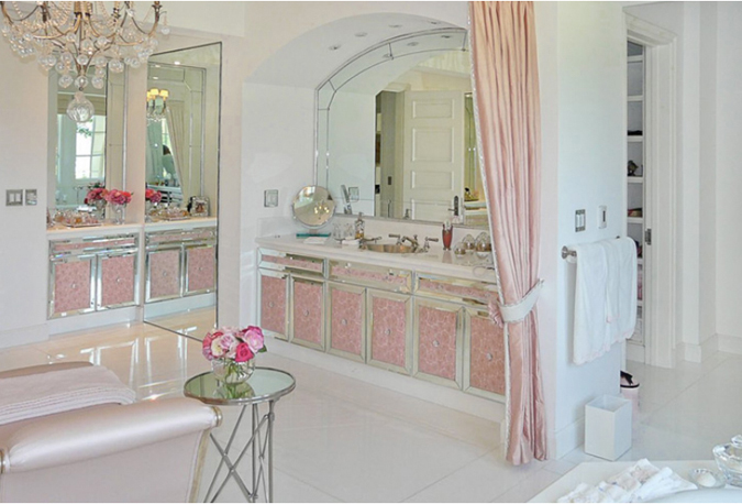 Home Tour Loving Lisa Vanderpump Real Housewives Of